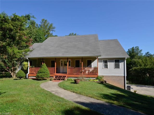 8031 Homestead Farm Road, Belews Creek, NC 27009 (MLS #851157) :: Kristi Idol with RE/MAX Preferred Properties