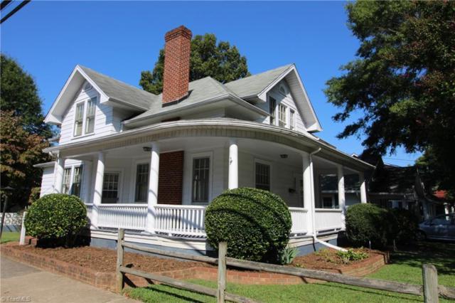 728 Granville Drive, Winston Salem, NC 27101 (MLS #851350) :: The Umlauf Group