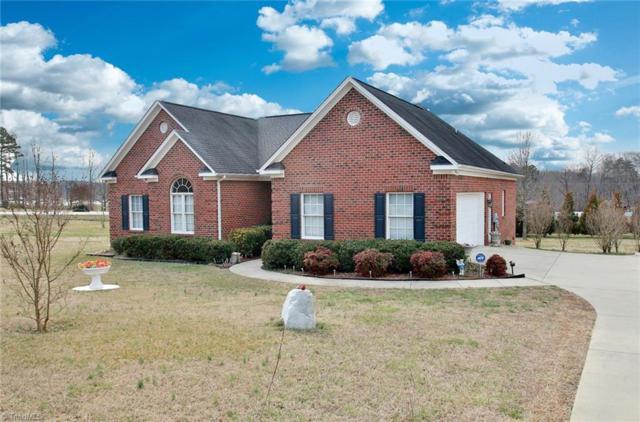 4501 Peeples Road, Oak Ridge, NC 27310 (MLS #853187) :: Kristi Idol with RE/MAX Preferred Properties