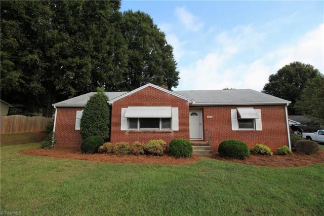 2931 Bellaire Circle, Walkertown, NC 27051 (MLS #853935) :: Kristi Idol with RE/MAX Preferred Properties