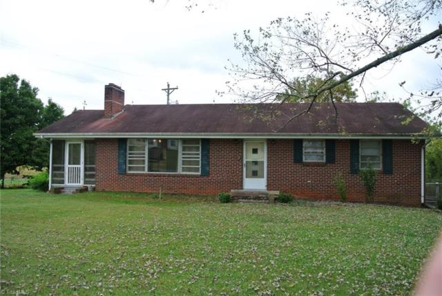 1816 Old Stage Road, Yadkinville, NC 27055 (MLS #854196) :: RE/MAX Impact Realty