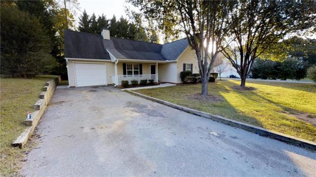 5111 Windsbury Ridge Road, Clemmons, NC 27012 (MLS #854265) :: The Umlauf Group