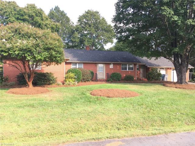 40 School Street, Denton, NC 27239 (MLS #854344) :: Kristi Idol with RE/MAX Preferred Properties