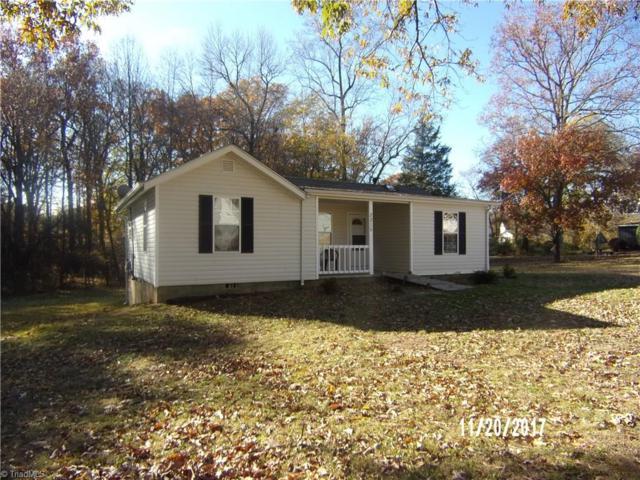 2215 Glenside Drive, Greensboro, NC 27405 (MLS #858595) :: Banner Real Estate