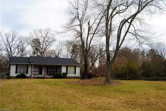 3150 Dillon Road, Jamestown, NC 27282 (MLS #860882) :: Kristi Idol with RE/MAX Preferred Properties