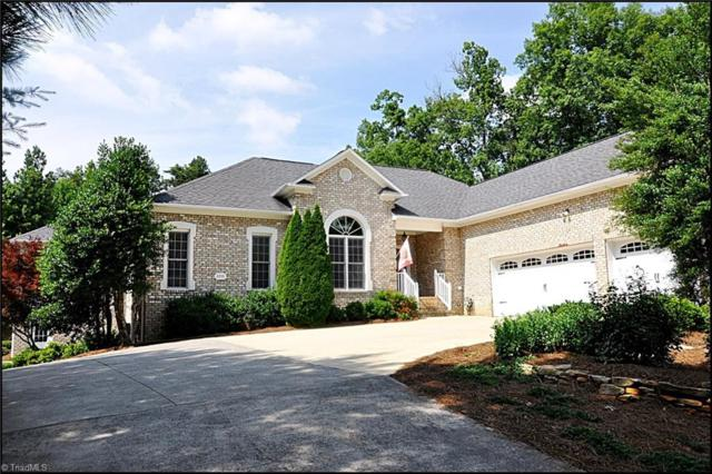 8935 Mackintosh Lane, Clemmons, NC 27012 (MLS #860893) :: Kristi Idol with RE/MAX Preferred Properties