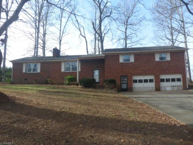 4816 Regalwood Drive, Winston Salem, NC 27107 (MLS #871492) :: Banner Real Estate