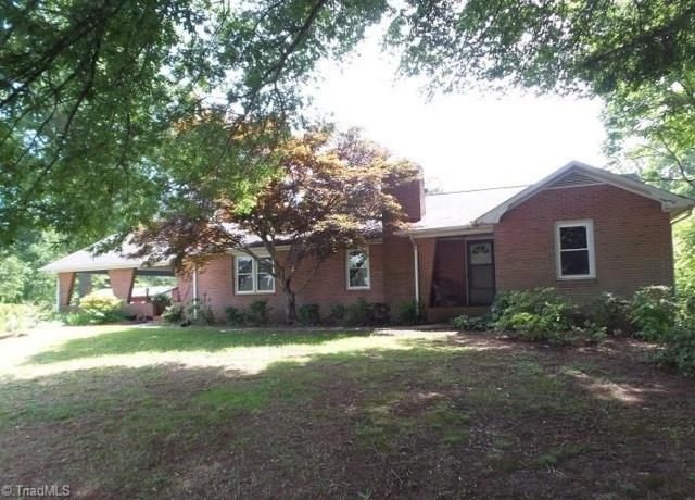 2344 Longtown Road, Boonville, NC 27011 (MLS #873577) :: RE/MAX Impact Realty