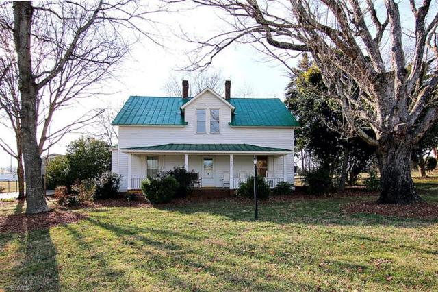 1817 Farmington Road, Mocksville, NC 27028 (MLS #874918) :: Kristi Idol with RE/MAX Preferred Properties