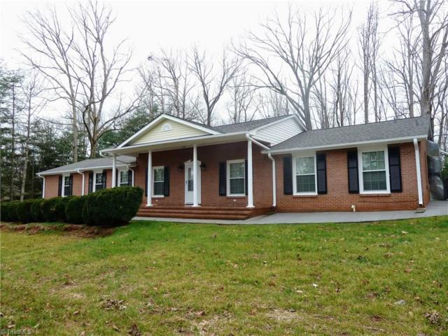 1230 Bunny Trail, Winston Salem, NC 27105 (MLS #874974) :: Kristi Idol with RE/MAX Preferred Properties