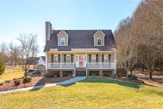 301 Twinwood Road, Clemmons, NC 27012 (MLS #875086) :: Kristi Idol with RE/MAX Preferred Properties
