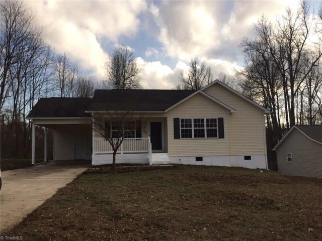 12 Oak Ridge Drive, Thomasville, NC 27360 (MLS #875364) :: Kristi Idol with RE/MAX Preferred Properties
