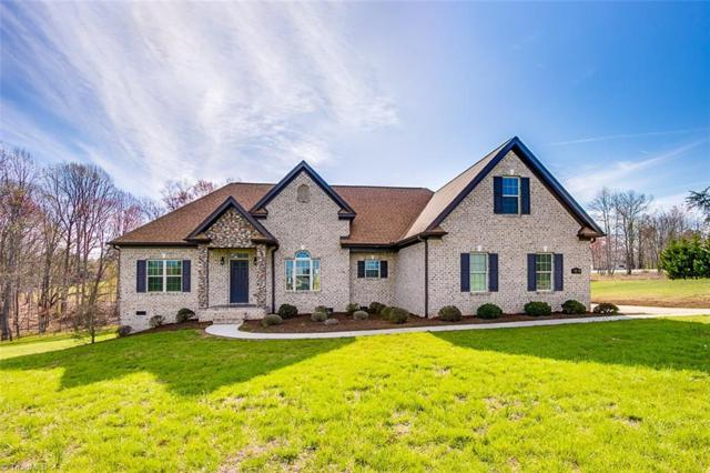 7505 Aspen Grove Drive, Belews Creek, NC 27009 (MLS #880857) :: Kristi Idol with RE/MAX Preferred Properties