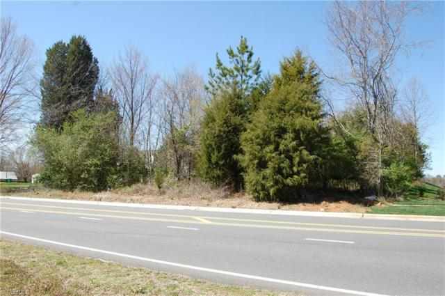10 Idols Road, Clemmons, NC 27012 (MLS #880951) :: Lewis & Clark, Realtors®
