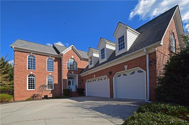 812 Jefferson Wood Lane, Greensboro, NC 27410 (MLS #881318) :: Kristi Idol with RE/MAX Preferred Properties