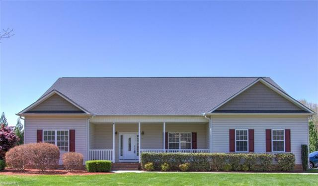 7601 Penns Grove Road, Summerfield, NC 27358 (MLS #882578) :: Lewis & Clark, Realtors®
