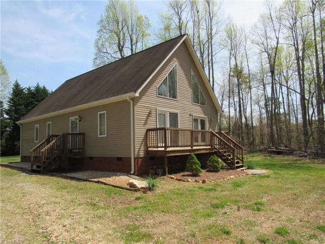 6732 Taylor Woods Lane, Pleasant Garden, NC 27313 (MLS #882761) :: Lewis & Clark, Realtors®
