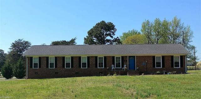 7701 Summitridge Drive, Browns Summit, NC 27214 (MLS #882869) :: Lewis & Clark, Realtors®