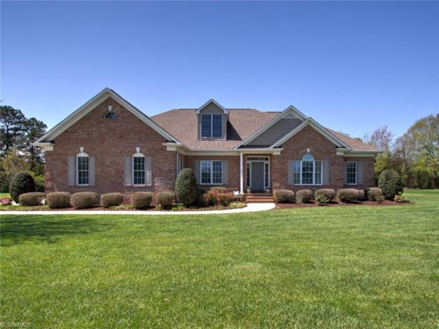 7795 Crabtree Valley Court, Greensboro, NC 27455 (MLS #883163) :: Banner Real Estate
