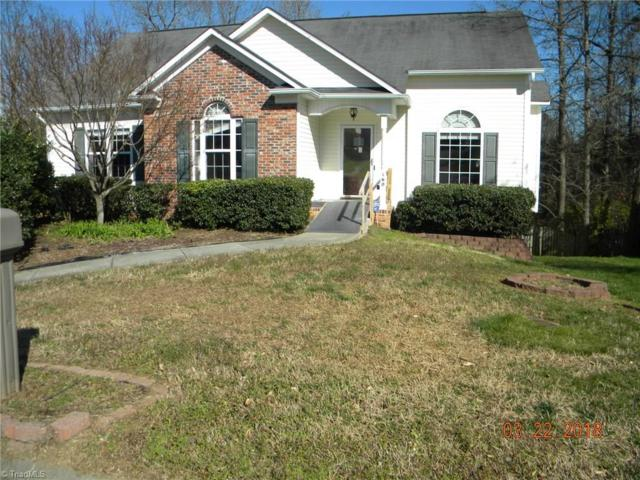 160 Valleyoak Court, Clemmons, NC 27012 (MLS #883558) :: Kristi Idol with RE/MAX Preferred Properties