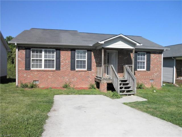 519 Warbler Court, High Point, NC 27262 (MLS #884978) :: Kristi Idol with RE/MAX Preferred Properties