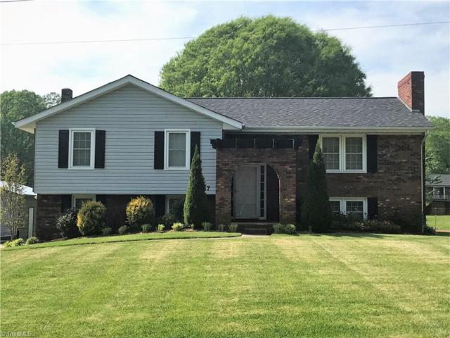 157 Beaumont Balsam Street, North Wilkesboro, NC 28659 (MLS #886854) :: RE/MAX Impact Realty