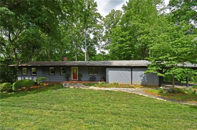 3473 Stimpson Drive, Pfafftown, NC 27040 (MLS #887747) :: Banner Real Estate