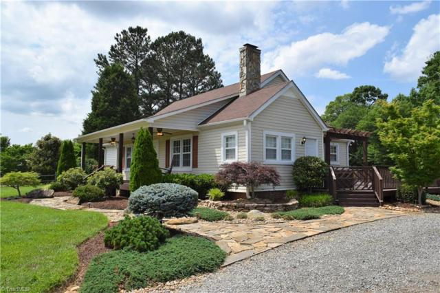 9011 Cook Farm Road, Belews Creek, NC 27009 (MLS #888088) :: Lewis & Clark, Realtors®