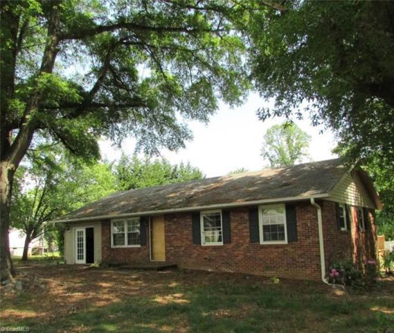 401 Pleasant Ridge Road, State Road, NC 28676 (MLS #888172) :: Banner Real Estate