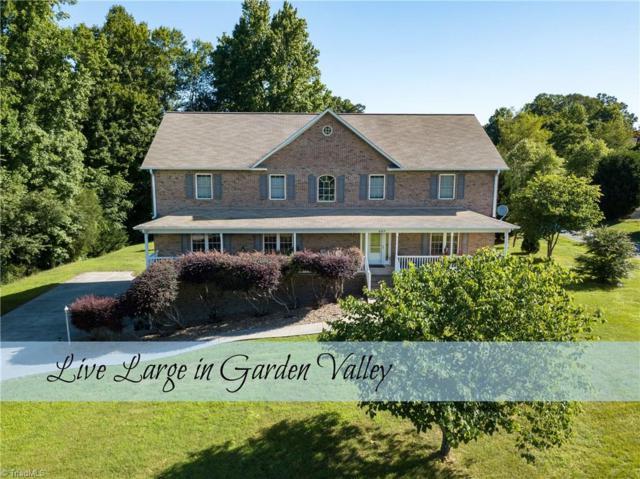 497 Garden Valley Drive, Winston Salem, NC 27107 (MLS #890217) :: Kristi Idol with RE/MAX Preferred Properties