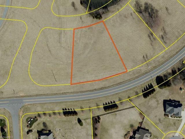 7902 Gander Court, Greensboro, NC 27320 (MLS #891184) :: Kristi Idol with RE/MAX Preferred Properties