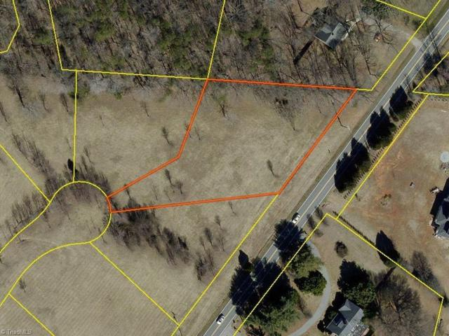 7912 E Gander Court, Greensboro, NC 27320 (MLS #891304) :: Kristi Idol with RE/MAX Preferred Properties