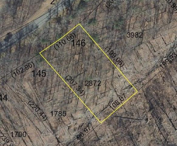 423 Harborgate Drive, Denton, NC 27239 (MLS #891691) :: Kristi Idol with RE/MAX Preferred Properties