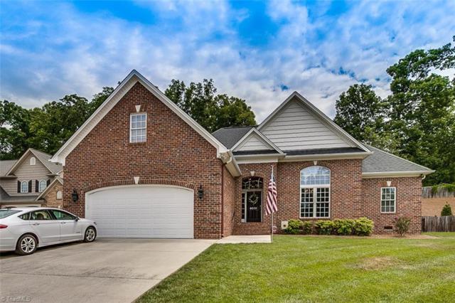 6031 White Oak Court, Kernersville, NC 27284 (MLS #892040) :: Banner Real Estate