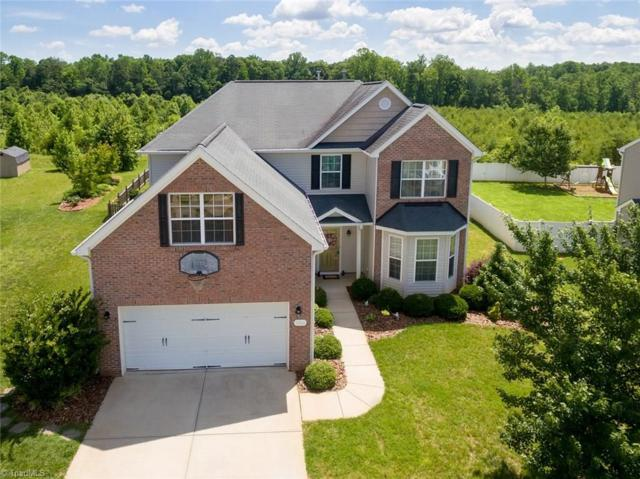 5506 Oakgate Drive, Greensboro, NC 27405 (MLS #892297) :: Banner Real Estate