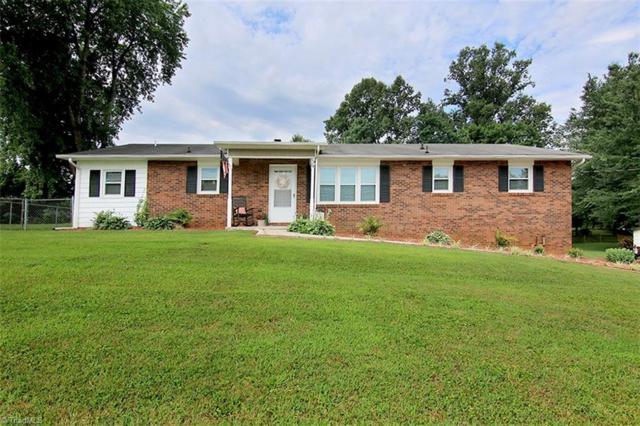 5804 Nylon Drive, Winston Salem, NC 27105 (MLS #892635) :: Kristi Idol with RE/MAX Preferred Properties