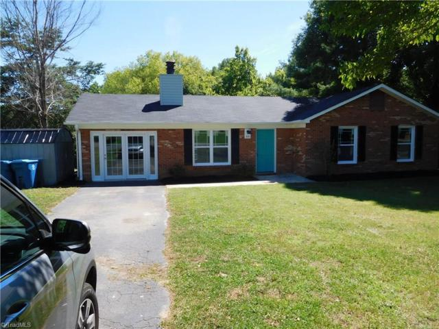 351 N Rolling Hills Lane N, Mocksville, NC 27028 (MLS #893949) :: Kristi Idol with RE/MAX Preferred Properties