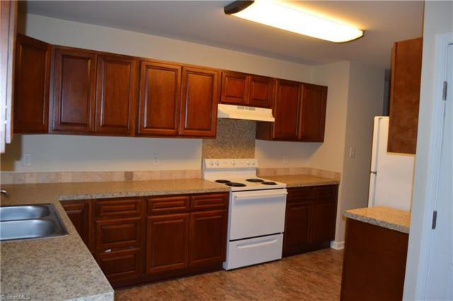 206 Jamestowne Drive, Mocksville, NC 27028 (MLS #894154) :: Kristi Idol with RE/MAX Preferred Properties