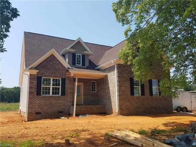 111 Shiloh Court, Mocksville, NC 27028 (MLS #894306) :: Kristi Idol with RE/MAX Preferred Properties