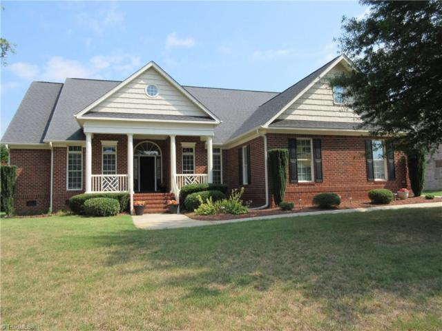 3719 Apple Orchard Cove, High Point, NC 27265 (MLS #895485) :: Lewis & Clark, Realtors®