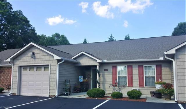 502 Pinefield Place, Thomasville, NC 27360 (MLS #895543) :: Kristi Idol with RE/MAX Preferred Properties