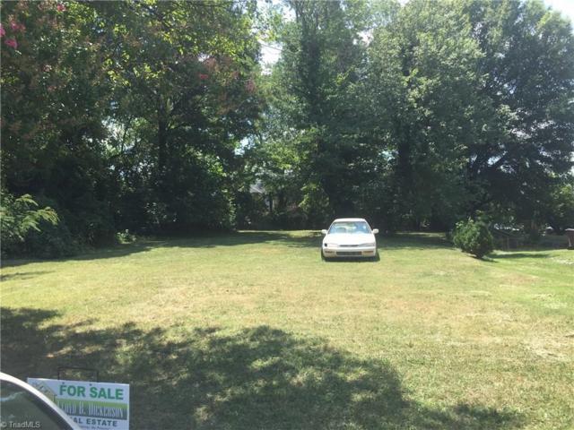 2002 Stamey Street, Greensboro, NC 27401 (MLS #895589) :: Kristi Idol with RE/MAX Preferred Properties