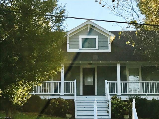 402 Mcculloch Street, Greensboro, NC 27406 (MLS #895679) :: Kristi Idol with RE/MAX Preferred Properties