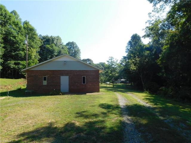 7046 Us Highway 64 W, Asheboro, NC 27203 (MLS #895729) :: Kristi Idol with RE/MAX Preferred Properties