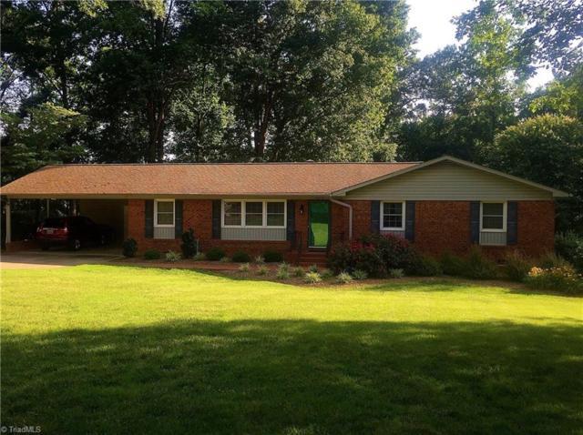 4054 Village Drive, Trinity, NC 27370 (MLS #896029) :: Kristi Idol with RE/MAX Preferred Properties