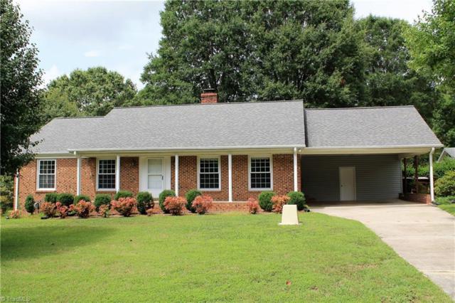 2304 Mowbray Trail, Greensboro, NC 27407 (MLS #896876) :: Kristi Idol with RE/MAX Preferred Properties