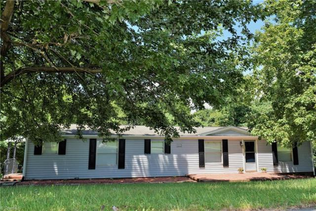 322 Red Oak Drive, Stokesdale, NC 27357 (MLS #897130) :: Kristi Idol with RE/MAX Preferred Properties