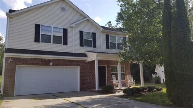 3902 Pepperbush Drive, Greensboro, NC 27405 (MLS #897644) :: Kristi Idol with RE/MAX Preferred Properties