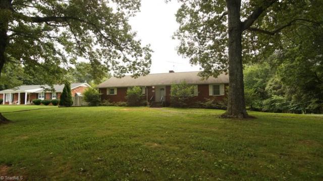 5631 Folkstone Road, Pfafftown, NC 27040 (MLS #897653) :: Lewis & Clark, Realtors®