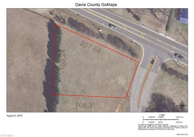 108 Charleston Ridge Drive, Mocksville, NC 27028 (MLS #897781) :: HergGroup Carolinas